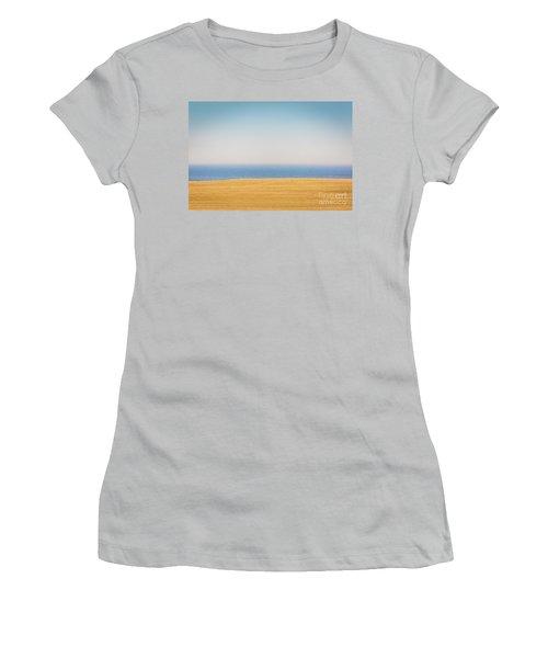 Minimal Lake Ontario Women's T-Shirt (Athletic Fit)
