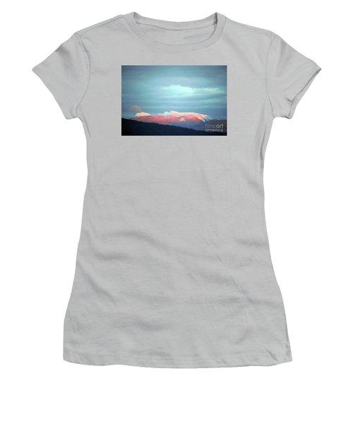 Monashee Sunset Women's T-Shirt (Athletic Fit)