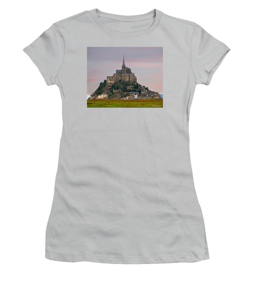 Mont Saint Michel Women's T-Shirt (Athletic Fit)
