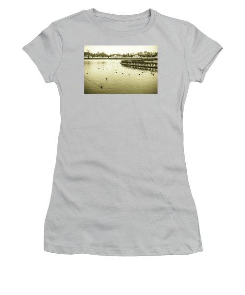 Old Munich Women's T-Shirt (Athletic Fit)