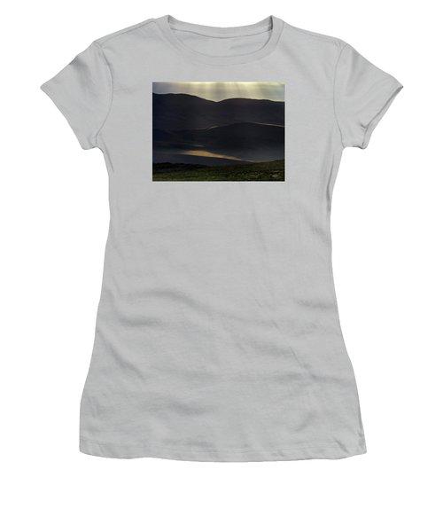 Women's T-Shirt (Junior Cut) featuring the photograph Oregon Mountains 1 by Leland D Howard