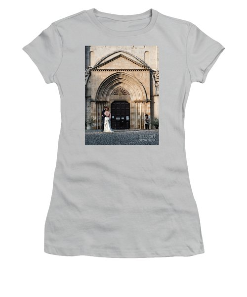 Photographer Women's T-Shirt (Athletic Fit)