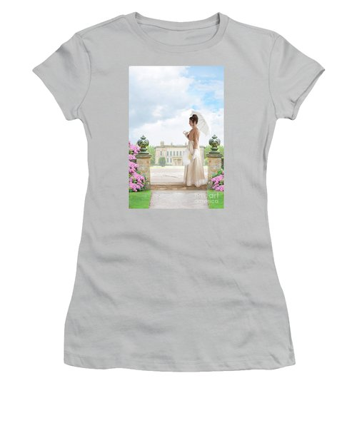 Regency Woman In The Grounds Of A Historic Mansion Women's T-Shirt (Athletic Fit)