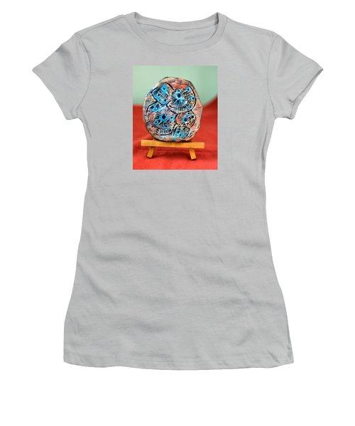Remendando Heridas... Women's T-Shirt (Junior Cut) by Edgar Torres