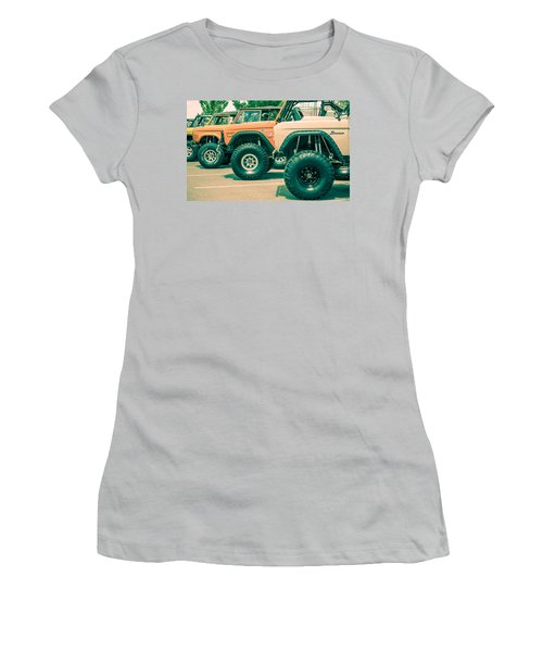 Retro Bronco Heaven Women's T-Shirt (Athletic Fit)