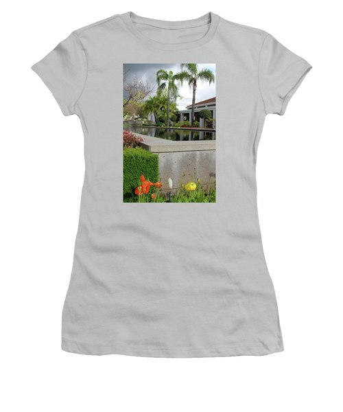 Richard M. Nixon Women's T-Shirt (Athletic Fit)