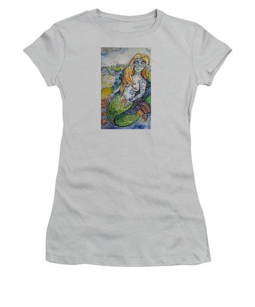 Searching Women's T-Shirt (Junior Cut) by Claudia Cole Meek