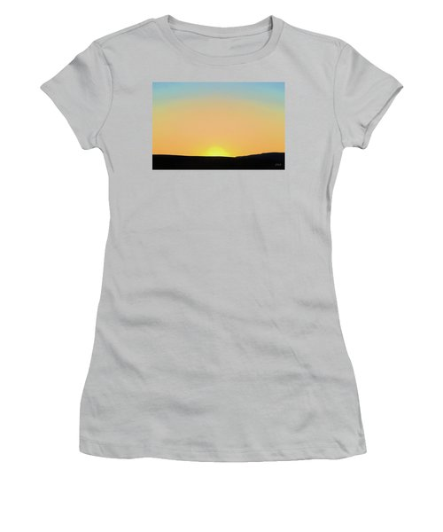 Southwestern Sunset Women's T-Shirt (Athletic Fit)