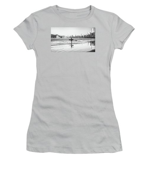Surfer On The Beach Women's T-Shirt (Athletic Fit)
