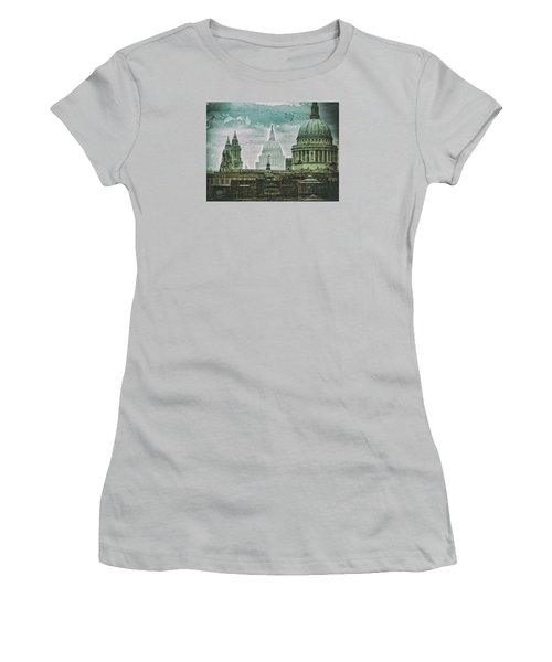 Thamesscape 2 -  Ghosts Of London Women's T-Shirt (Athletic Fit)