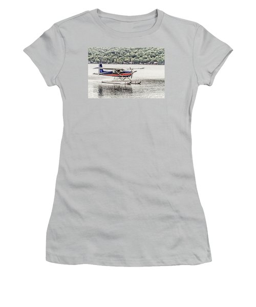 The Float Women's T-Shirt (Athletic Fit)