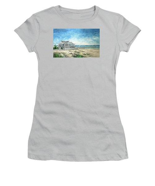 The Oceanic Women's T-Shirt (Athletic Fit)