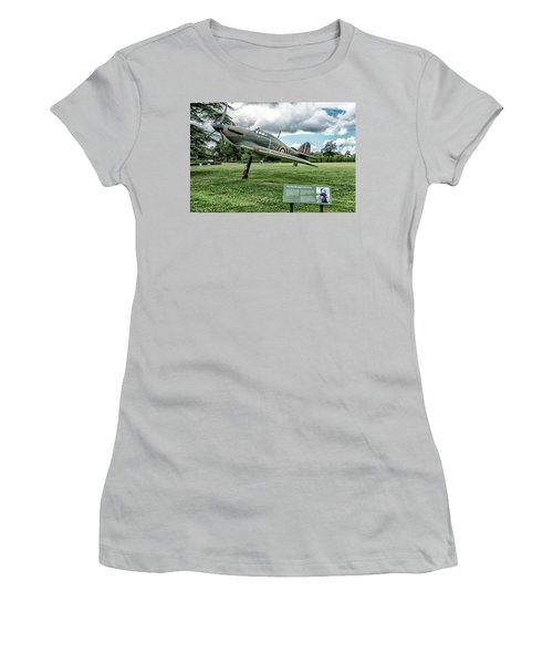 Women's T-Shirt (Junior Cut) featuring the photograph The Pete Brothers Hurricane by Alan Toepfer
