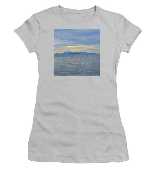 Three Realms/dusk Women's T-Shirt (Junior Cut) by Tobeimean Peter