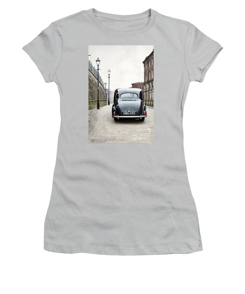 Vintage Car On A Cobbled Street Women's T-Shirt (Athletic Fit)