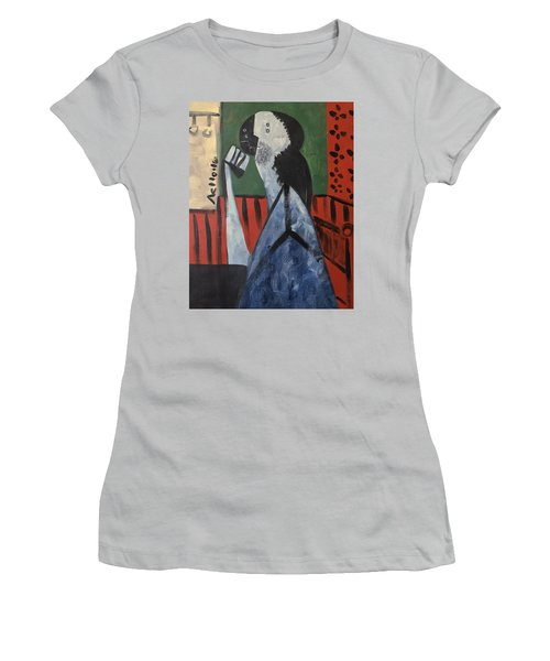 Vitae Thinking Man At The Tea House  Women's T-Shirt (Athletic Fit)