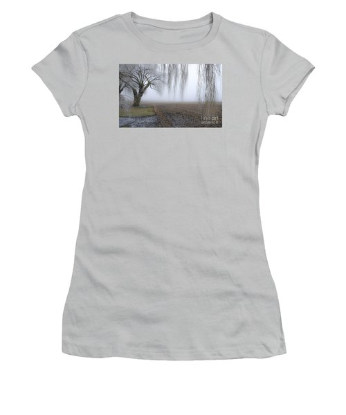 Weeping Frozen Willow Women's T-Shirt (Athletic Fit)
