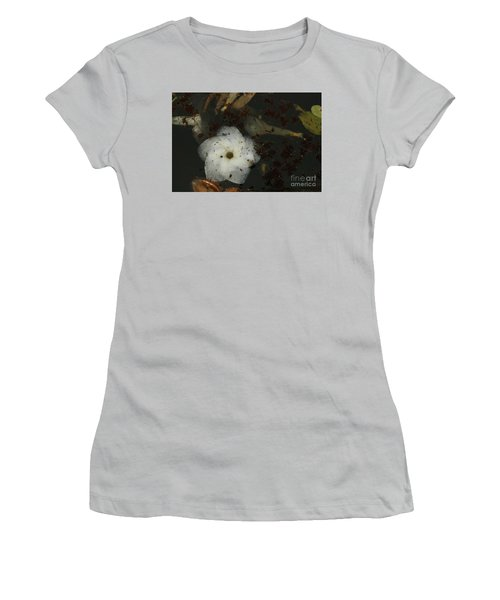 White Hawaiian Flower In The Pond Women's T-Shirt (Athletic Fit)