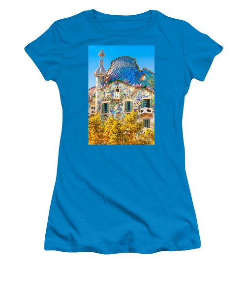 Casa Batllo - Barcelona Women's T-Shirt (Athletic Fit)