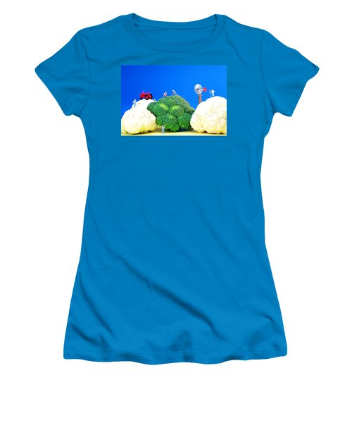 Farming On Broccoli And Cauliflower Women's T-Shirt (Athletic Fit)