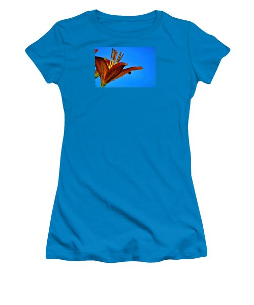Thirsty Lily In Hdr Art Women's T-Shirt (Junior Cut) by Lesa Fine