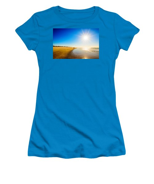 3 On The Beach  Women's T-Shirt (Athletic Fit)