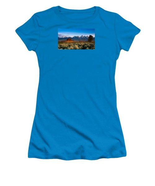 Women's T-Shirt (Junior Cut) featuring the photograph A Moulton Barn by Monte Stevens