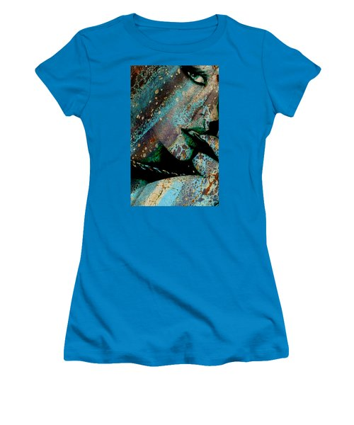 Face Painter Women's T-Shirt (Junior Cut) by Greg Sharpe