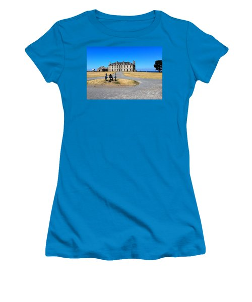 Fort Niagara  Women's T-Shirt (Athletic Fit)