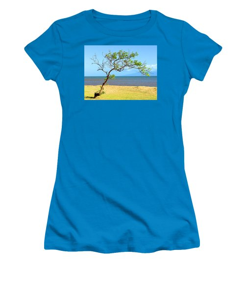 Lanai Leaning Women's T-Shirt (Athletic Fit)