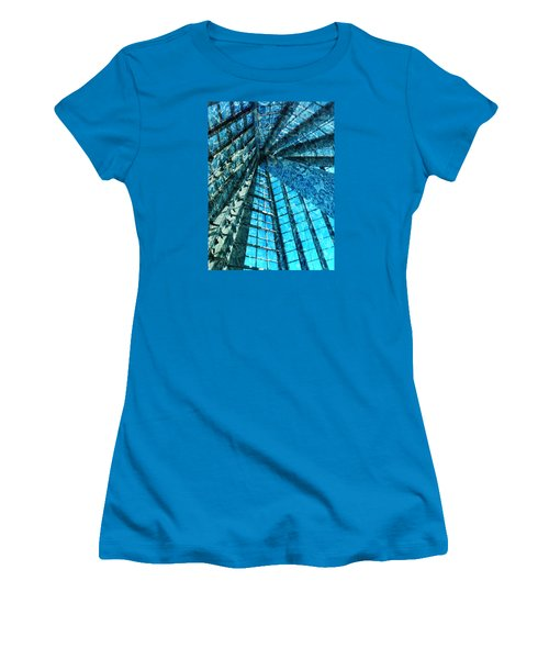 Under The Sea Dwelling Abstract Women's T-Shirt (Athletic Fit)