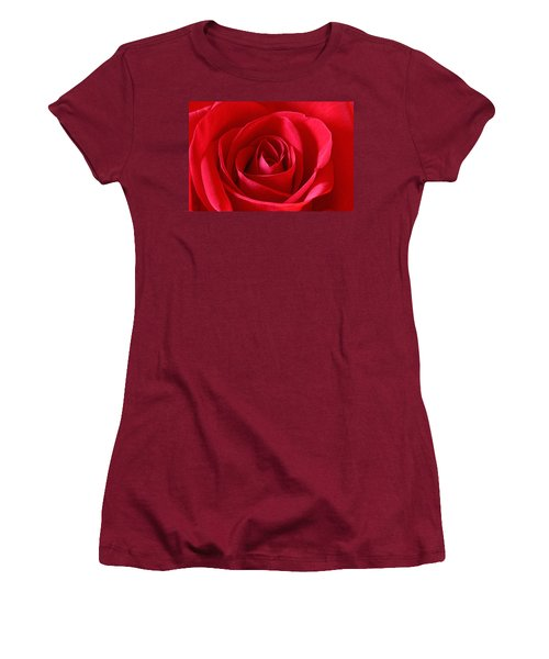 Red Rose Women's T-Shirt (Athletic Fit)