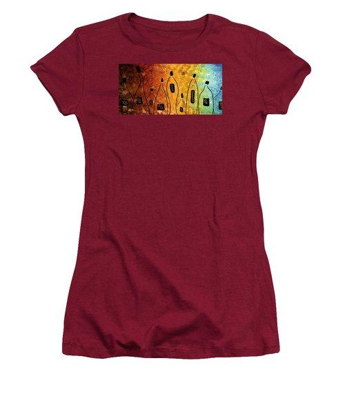 Cocktail Bar Women's T-Shirt (Junior Cut) by Carmen Guedez