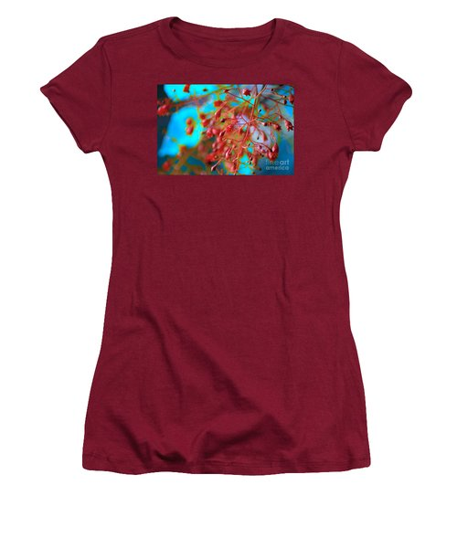 Fiery Red Clusters - Illawarra Flame Tree Women's T-Shirt (Athletic Fit)