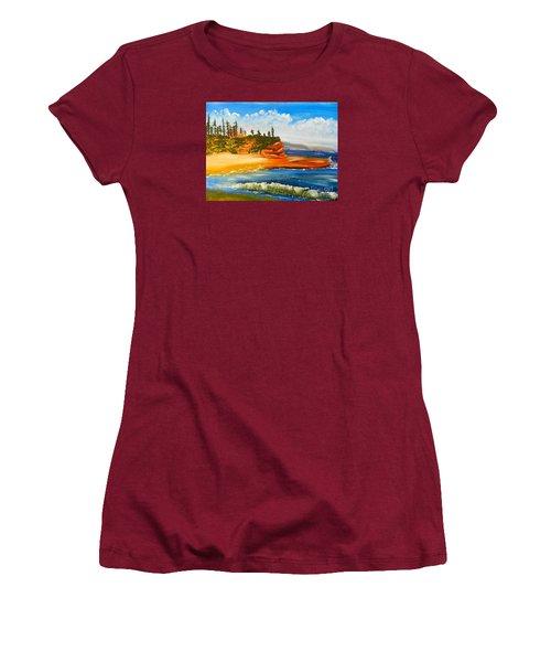 Headlands Women's T-Shirt (Athletic Fit)
