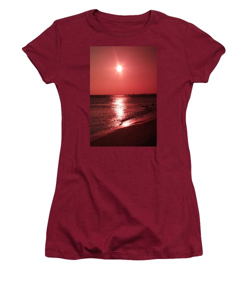 Red Sunset Women's T-Shirt (Athletic Fit)