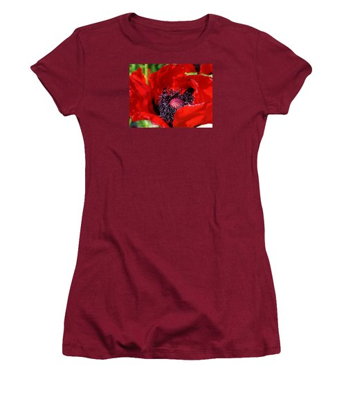 Red Poppy Close Up Women's T-Shirt (Athletic Fit)