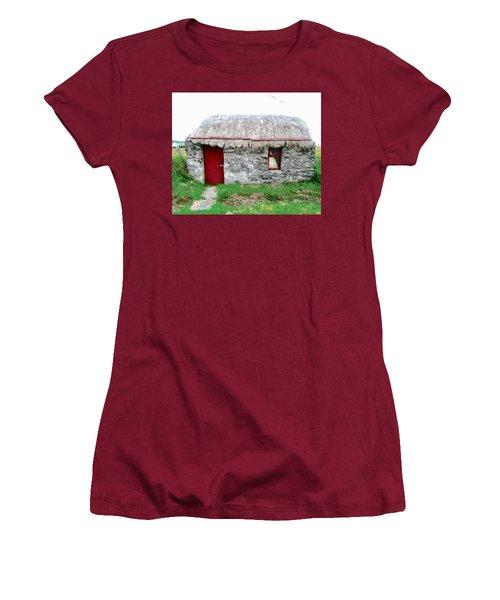 Irish Cottage Women's T-Shirt (Athletic Fit)