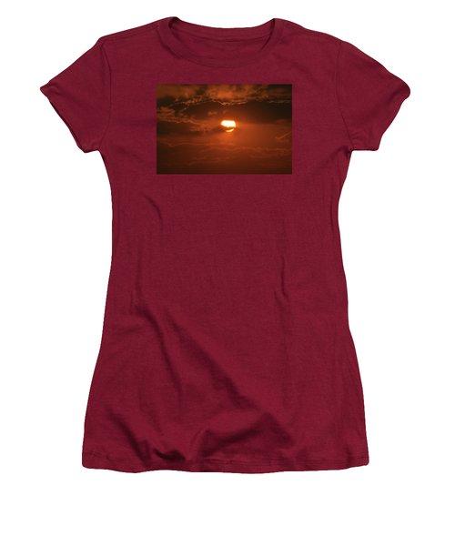 Sunset Women's T-Shirt (Junior Cut) by Linda Ferreira