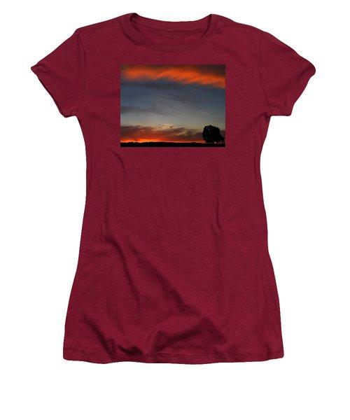 Calm Women's T-Shirt (Athletic Fit)
