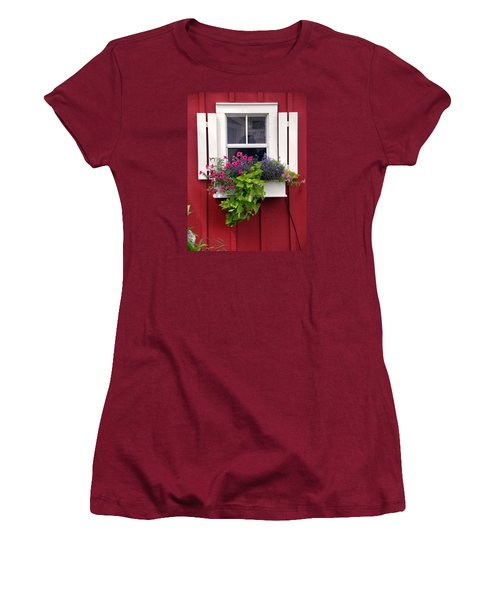 Cape Cod Window Box Women's T-Shirt (Athletic Fit)