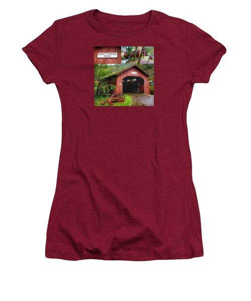 Drift Creek Covered Bridge Women's T-Shirt (Junior Cut) by Susan Garren