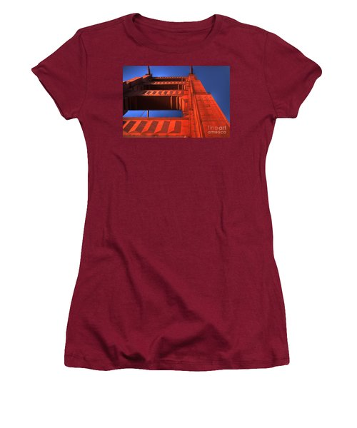 Golden Gate Tower Women's T-Shirt (Athletic Fit)