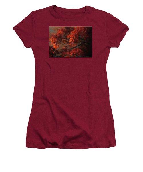 Red Tree Scene Women's T-Shirt (Junior Cut)