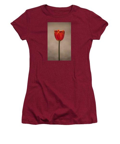 Tulip En Fuego Women's T-Shirt (Athletic Fit)