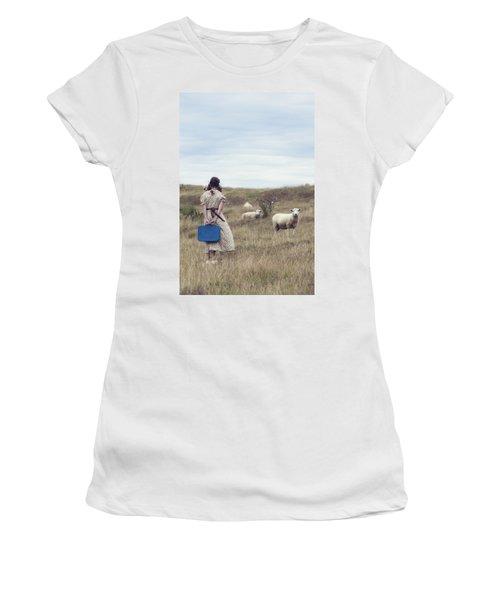 Girl With Sheeps Women's T-Shirt
