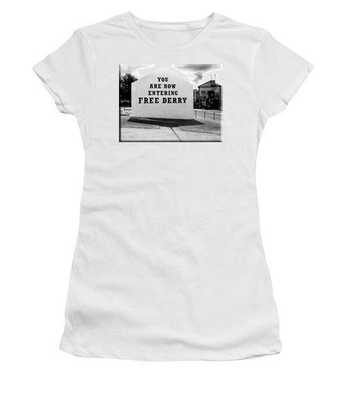 Free Derry Corner  Women's T-Shirt (Athletic Fit)