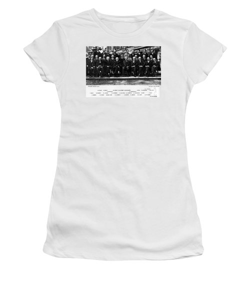 5th Solvay Conference Of 1927 Women's T-Shirt