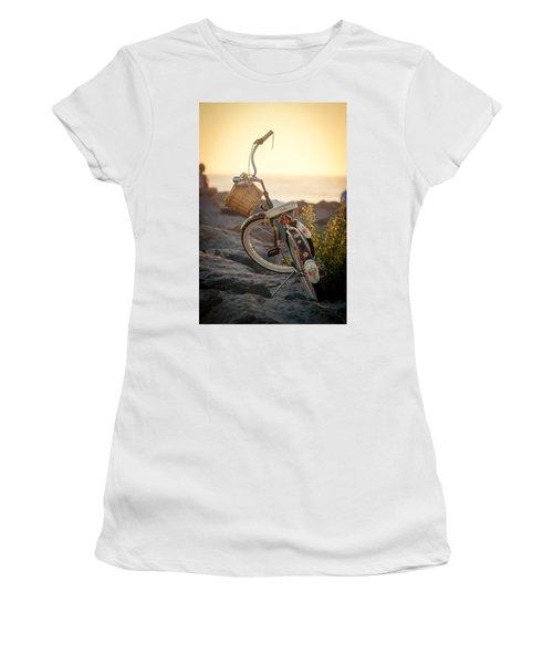 A Bike And Chi Women's T-Shirt