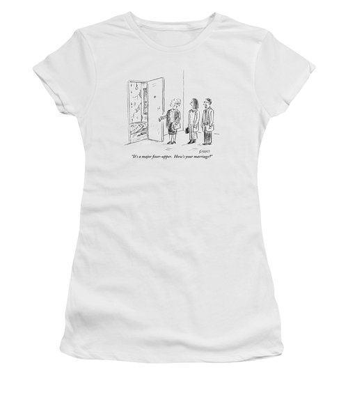 A Real Estate Agent Addresses A Couple Women's T-Shirt